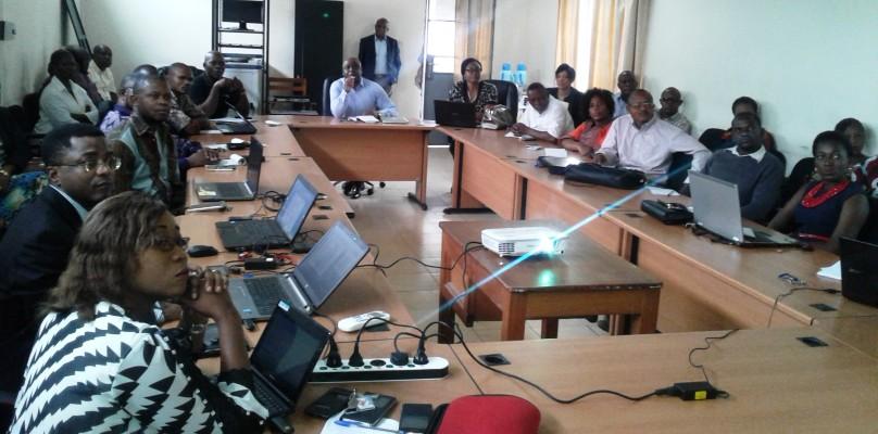 Dialogue politique entre l'équipe de recherche du Programme WOTRO IMCH et les officiels de la Direction de Développement de Soins de Santé Primaires du Ministère de la Santé Publique