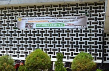 Une conférence de restitution à la communauté de Popokabaka